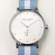 【Fortune Square 特別モデル】LARS LARSEN LW32 ナイロンストラップバージョン 交換用レザーベルト付 ホワイト/132SWCZ N1