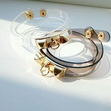 『double clear bangle』