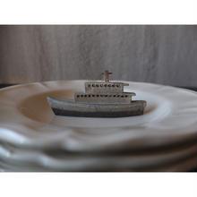 陶器 小さな船のオブジェ