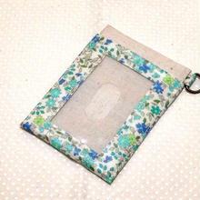 パスケース*ブルーグリーン小花柄