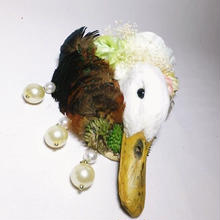 アヒルの剥製ヘッドドレス