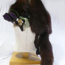 四つ目獣のショルダーアクセ(茶)