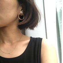 Perl round  earring