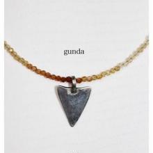 gunda (ガンダ) ネックレスPOINT NK/Citrin