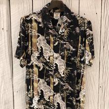 虎さんと竹のアロハシャツ BLACK