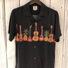 ギター柄アロハシャツ BLACK