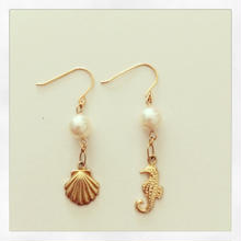 K14GF seahorse and starfish earrings...❤︎