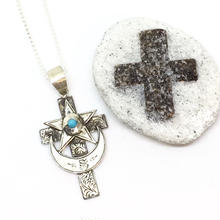 Eye of cross necklace(SILVER)