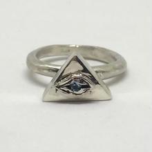 ピラミッドEYE RING(ブルートパーズ)
