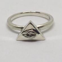 ピラミッドEYE RING(ダイヤモンド)