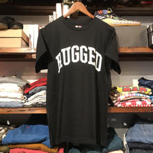 "【ラス1】RUGGED on REDKAP ""ARCH LOGO "" tee (Black)"