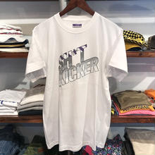 "SH*T KICKER ""95"" tee (White/RUGGED別注)"