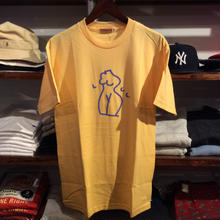 "LES CINQ LETTRES. ""Naked"" tee(Yellow)"
