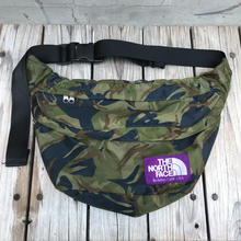 The North Face double pocket nylon shoulder