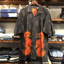 "no broundaries ""KANJI FIRE"" S/S shirt (L)"