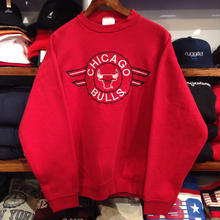 """CHICAGO BULLS"" crew neck sweat"