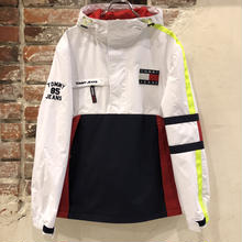 TOMMY JEANS HOODED SPORTS JACKET - WHT / NVY / RED