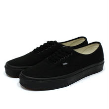VANS AUTHENTIC - BLACK/BLACK
