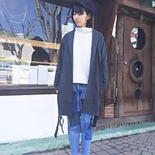 Nasngwam. 『EASE COAT charcoal』