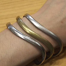 (再入荷) ionoi 『FLOW BANGLE』