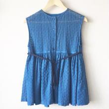 indigo-dyed sleeveless gathered peplum blouse / 03-8108003