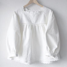 square neck blouse / 03-7408001