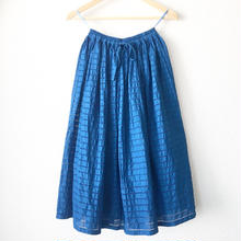 indigo-dyed gathered skirt / 03-7307001
