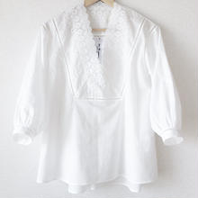 v-neck blouse / 03-7108001