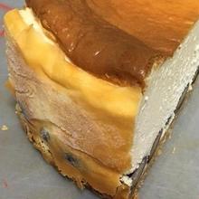 黒豆ベイクドチーズケーキ