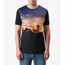 プリティーグリーンSS PILTON フェスティバルプリントTシャツ(ブラック)