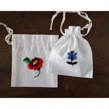 カロチャ刺繍の巾着キット A