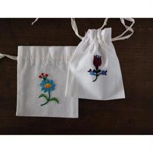 カロチャ刺繍の巾着キット B