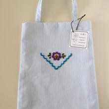 ハンガリー刺繍のミニバッグB