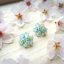 金平糖みたいな*ブルーの花束ピアス・イヤリング