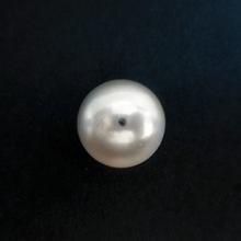 パールビーズ18mm《ホワイト》