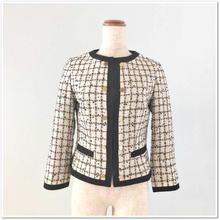 白×黒格子ツイード 飾り金ボタンジャケット
