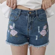 ダメージデニム 花刺繍 ショートパンツ