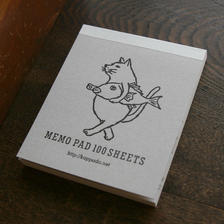 メモパッド 猫が鯛