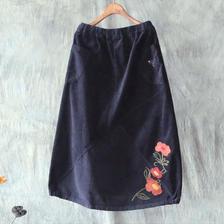 レトロな花柄刺繍デザイン コーデュロイスカート