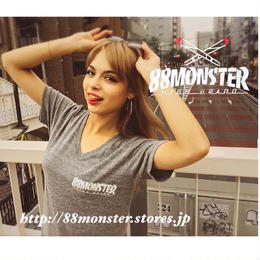 88MONSTER   Vネック グレー/白