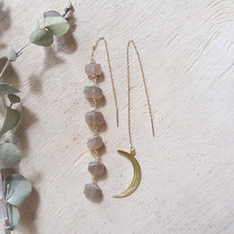 【k14gf 】cresent moon earrings