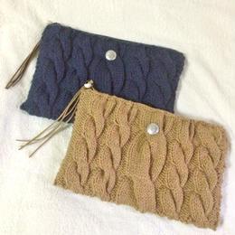 knit clutchbag