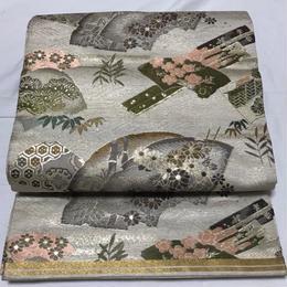 【Pure Silk Antique】丸帯 ★アンティーク★落ち着いた銀糸地に、豪華な扇や松竹梅が刺繍された大変豪華な丸帯!格安でお譲りします!