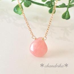 大粒ピンクオパールと小さなプレナイトのネックレス*1点もの