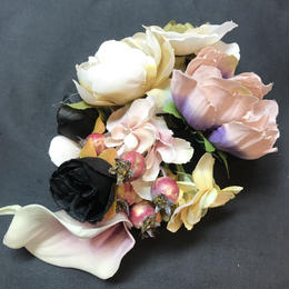 Pantom Jewelry/ファントムジュエリー Dark Bouquetのコサージュ  パープル系