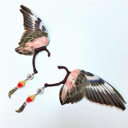 魔界ノ風鷹/マカイノカゼタカ インコの翼イヤーフック 朱 K18.19