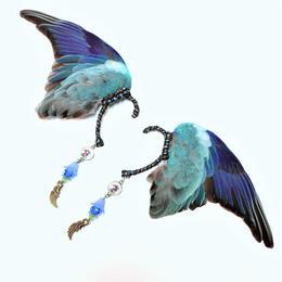 魔界ノ風鷹/マカイノカゼタカ インコの翼イヤーフック 青 K16.17