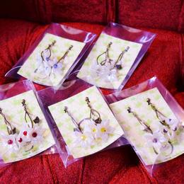 Phantom Jewelry/ファントムジュエリー お花と蝋燭のイヤリング