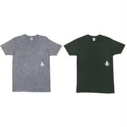 RIPNDIP HANG IN THERE POCKET TEE (ASH, HUNTER GREEN)