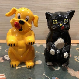1960s Vintage Salt & Pepper Set  Dog & Cat